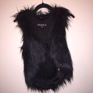 BSABLE Faux Fur Vest